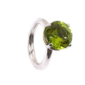 6,16CT Peridot Ring