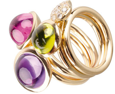 High-quality gemstone jewelery in our own design from our colouration