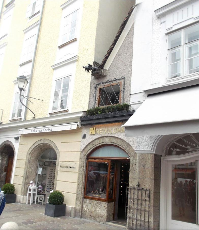 Juwelier Nedoluha im Kleinsten Haus von Salzburg